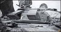 Т-72Б (М) 74 гв. омсбр, пораженный выстрелом из РПГ в незащищенный промежуток между КДЗ погона башни и надгусеничным топливным баком