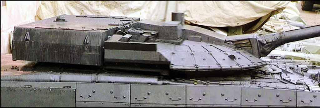 """Когда я заговорил о кормовой нише, то вспомнил - откуда она пришла на Армату - от Т-94  """"Чёрный орёл """" Омского завода..."""