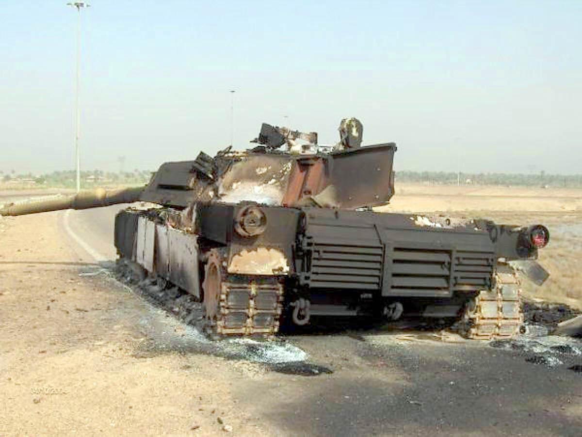 Лучшие фотографии лучшего танка в мире http://btvt.narod.ru/4/t-90vsabrams/03.jpg